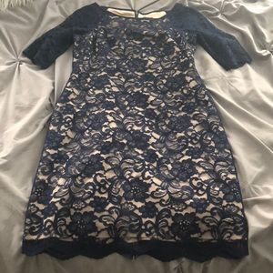 LIKE NEW!!! Navy Blue LaceVince Camuto dress